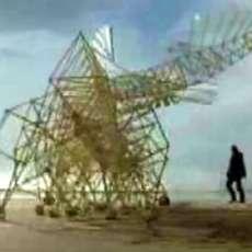 Huge Kinetic Sculptures Walk in the Wind