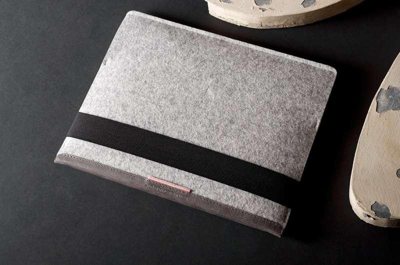Tilting iPad Covers